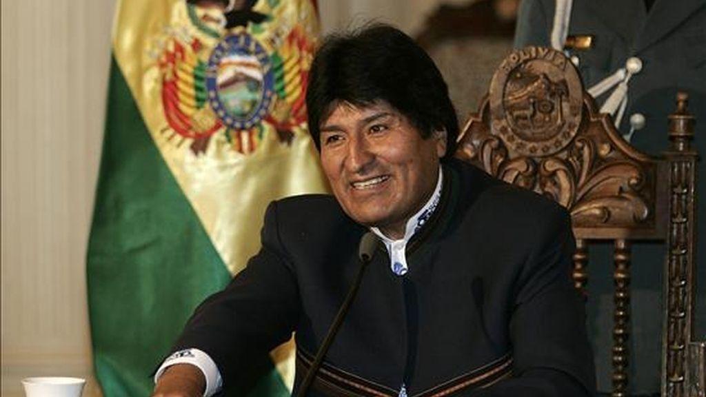 El presidente Morales rechaza de plano la posibilidad de negociar tratados de libre comercio con las grandes potencias y ha cuestionado las negociaciones de la CAN con la UE. EFE/Archivo