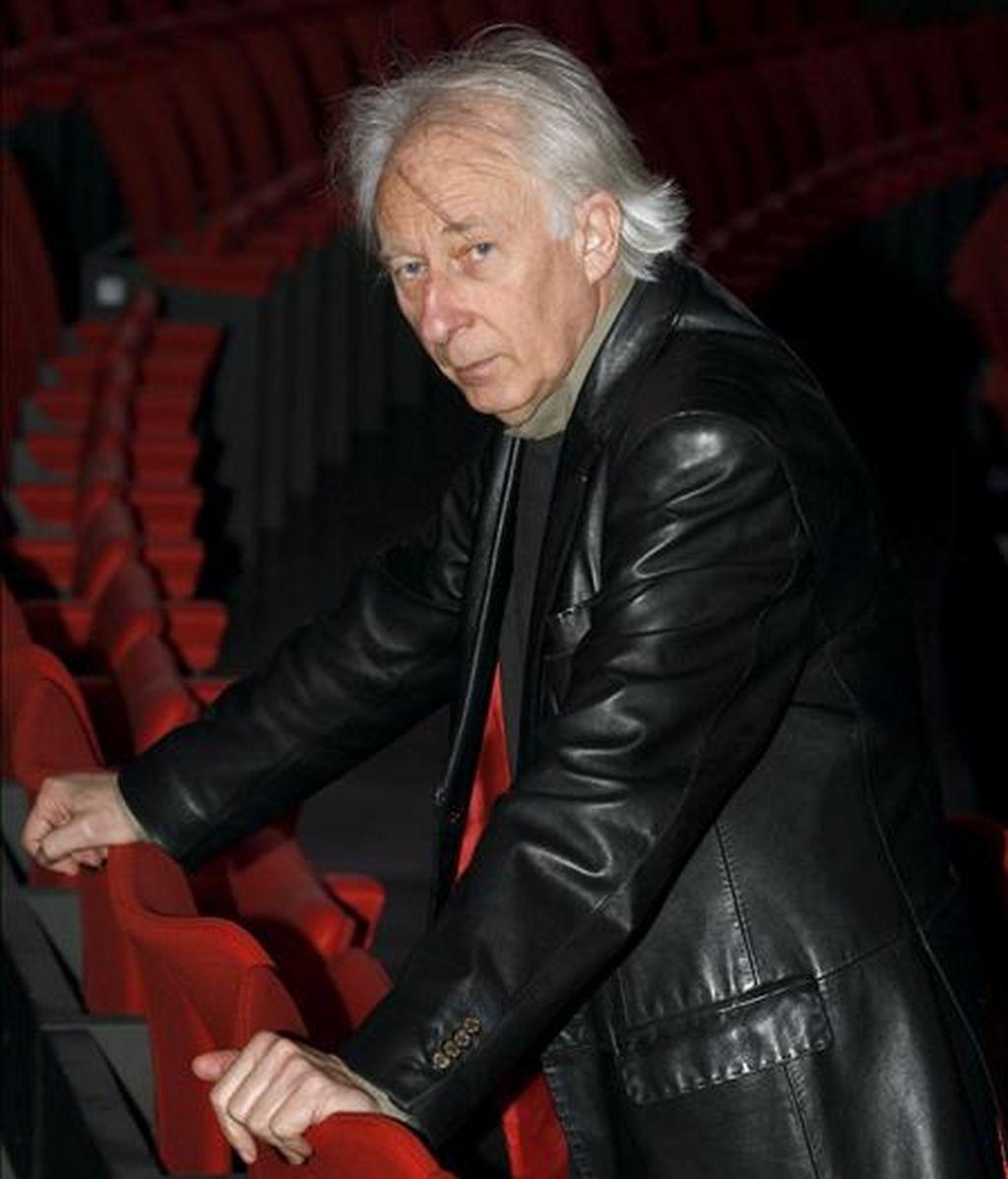 El dramaturgo Albert Boadella, durante la entrevista que ha concedido a EFE tras haber aceptado la oferta de la presidenta de la Comunidad de Madrid para dirigir los Teatros del Canal de Madrid, que se inauguran la semana próxima. EFE