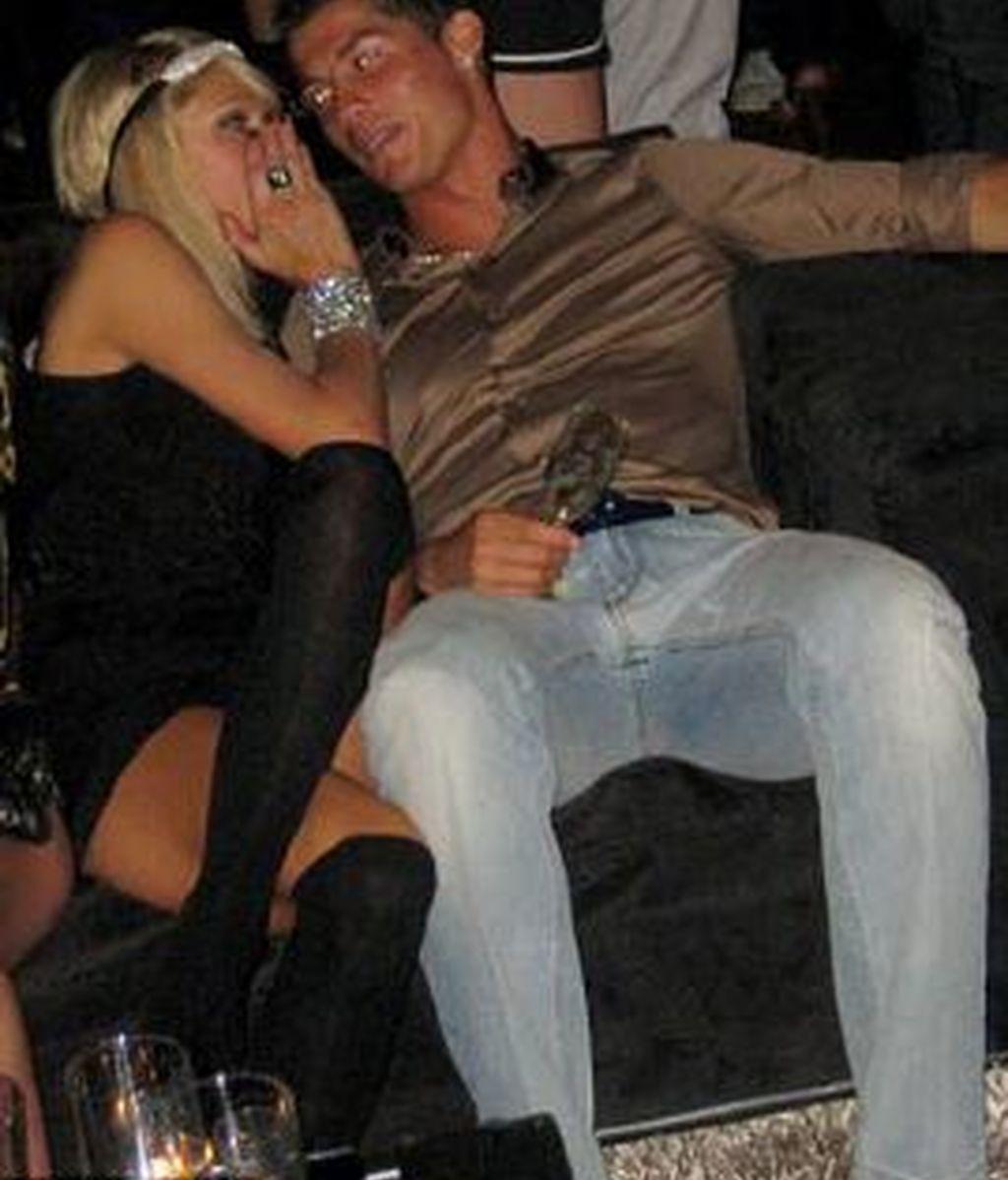 La nueva pareja, Paris Hilton y Cristiano Ronaldo ,  en la divertida noche que se pasaron en un club VIP de Los Angeles.