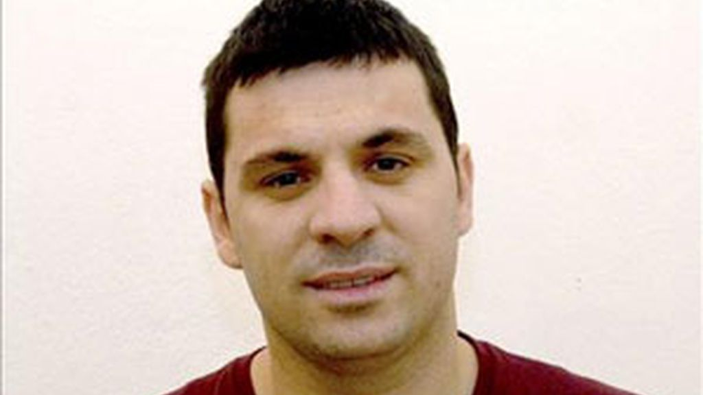 El ciudadano albanés Astrit Bushi. Foto: EFE.