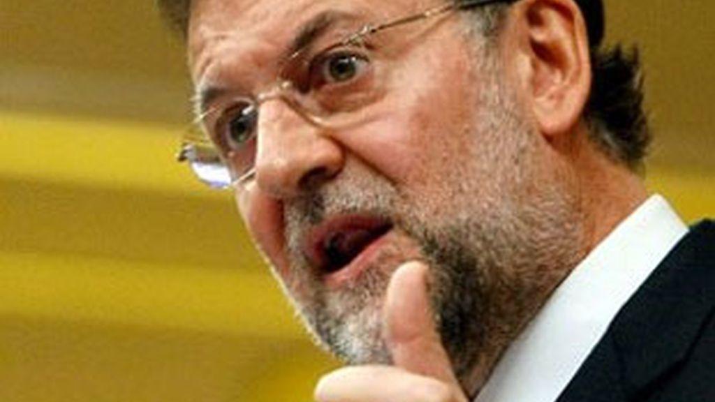 Rajoy arremete contra Zapatero por el Constitucional. Vídeo: ATLAS.