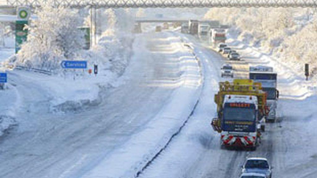 Cuantiosos problemas se han sucedido ya en las carreteras británicas