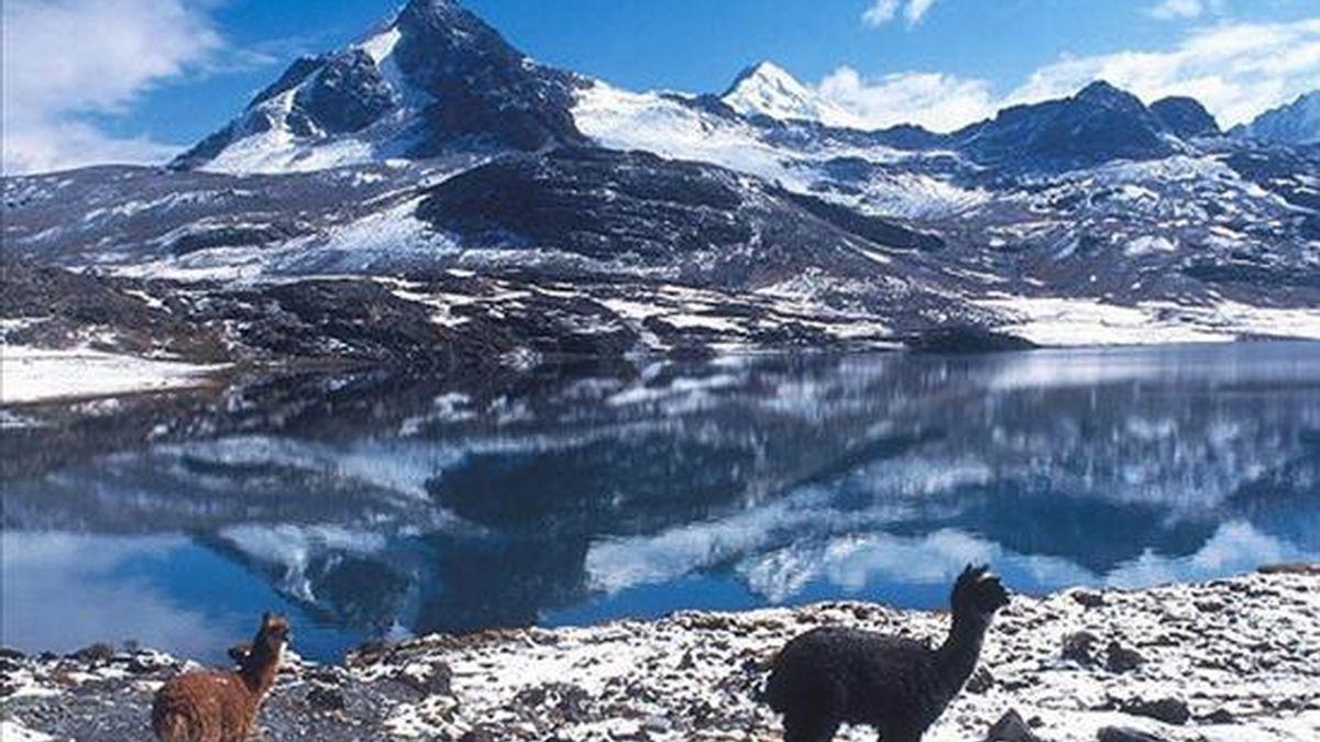 Imagen de uno de los tramos bolivianos del Qhapac Ñan-Caminos Principales Andinos, una gran ruta de sendas prehispánicas que abarca a seis países sudamericanos, que postulan este atractivo turístico al reconocimiento de Patrimonio de la Humanidad por la UNESCO. EFE/Viceministerio de Turismo de Bolivia