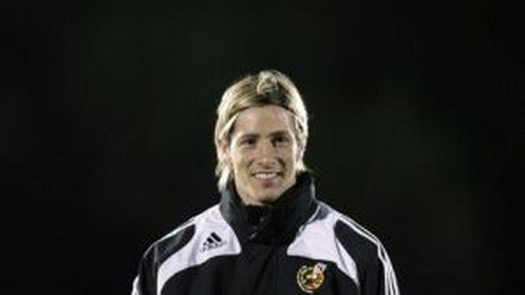 Torres volverá a compartir delantera con Villa. Foto: AP
