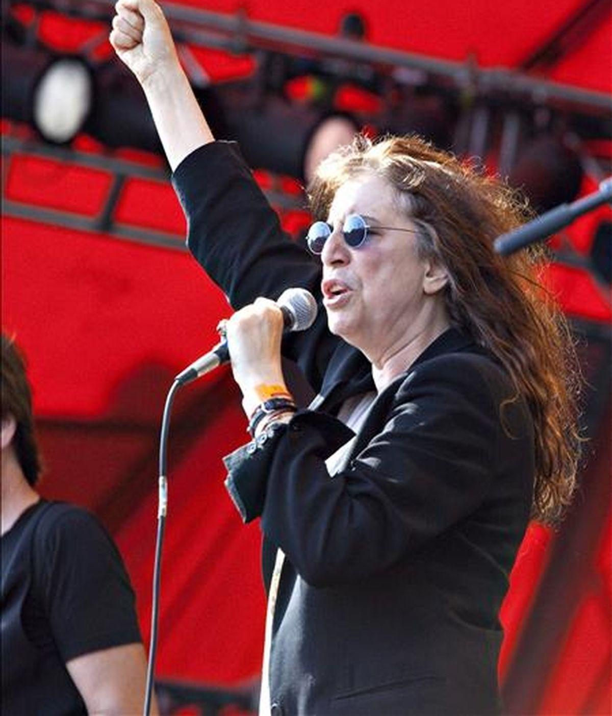 La cantante estadounidense Patti Smith durante su actuación en el festival Roskilde de Dinamarca, el pasado 3 de julio. EFE/Archivo