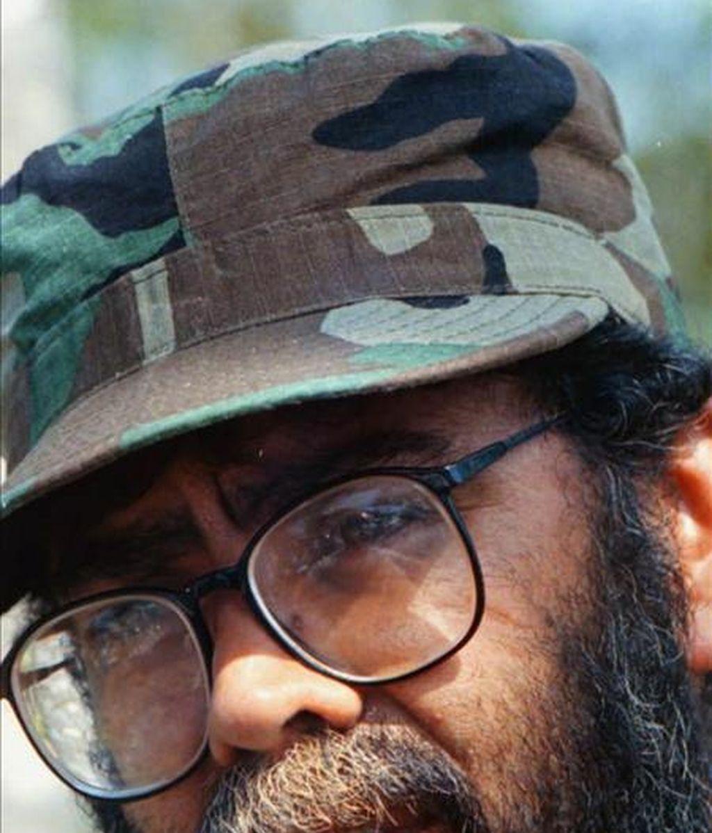 """En la imagen, fotografía de archivo sin fechar del máximo jefe de las FARC, Guillermo León Sáenz Vargas, alias """"Alfonso Cano"""". EFE/Archivo"""