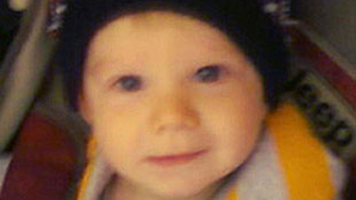 La autopsia demostró que el bebe tenía heridas y contusiones en todo el cuerpo, incluido su cerebro y sus ojos. FOTO: The Sun