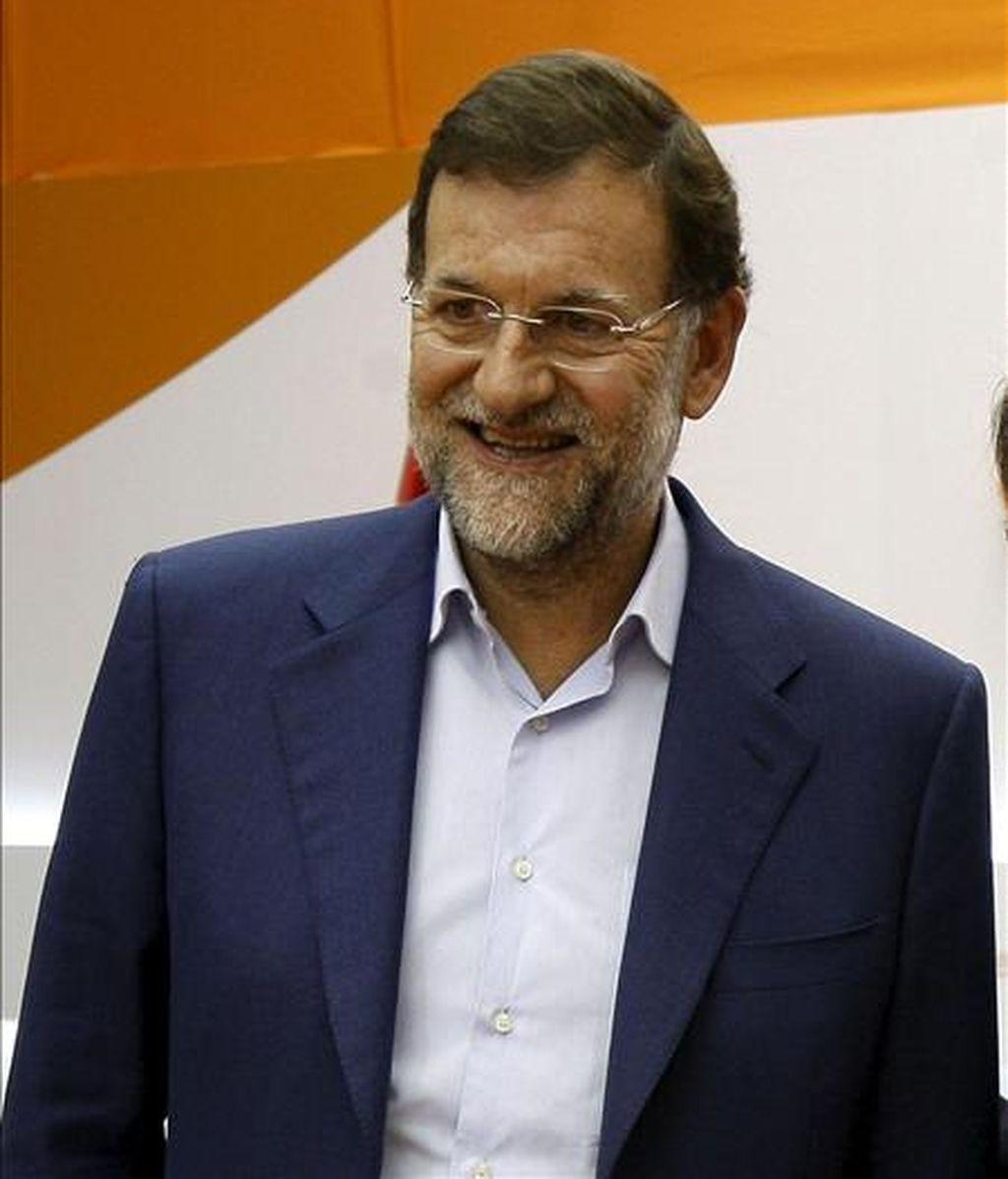 El presidente del PP, Mariano Rajoy, ha mostrado esta noche, mediante un mensaje en 'Facebook', su alegría por la victoria de la selección española en el Mundial de Fútbol de Sudáfrica. EFE/Archivo