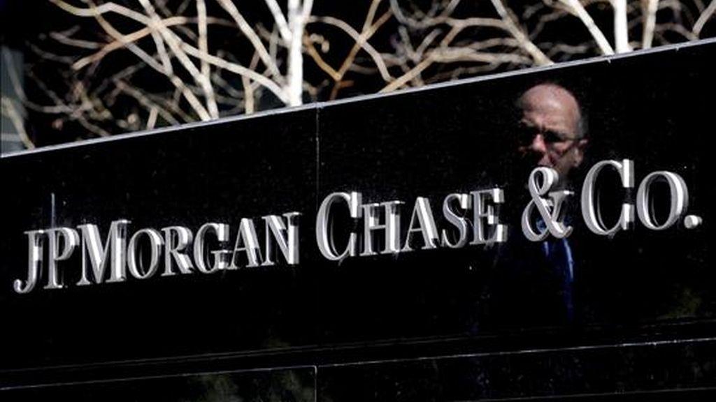 JPMorgan informó mediante un comunicado de prensa que había devuelto los 25.000 millones de dólares que recibió a través del Programa de Alivio de Activos Depreciados. EFE/Archivo