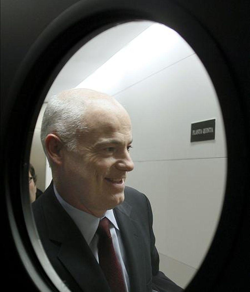 El secretario de Estado de Economía, José Manuel Campa, momentos antes de su comparecencia en la Comisión de Economía del Congreso para informar de la coyuntura económica y financiera y sobre el Fondo de Adquisición de Activos Financieros y el Fondo de Reestructuración Ordenada Bancaria. EFE