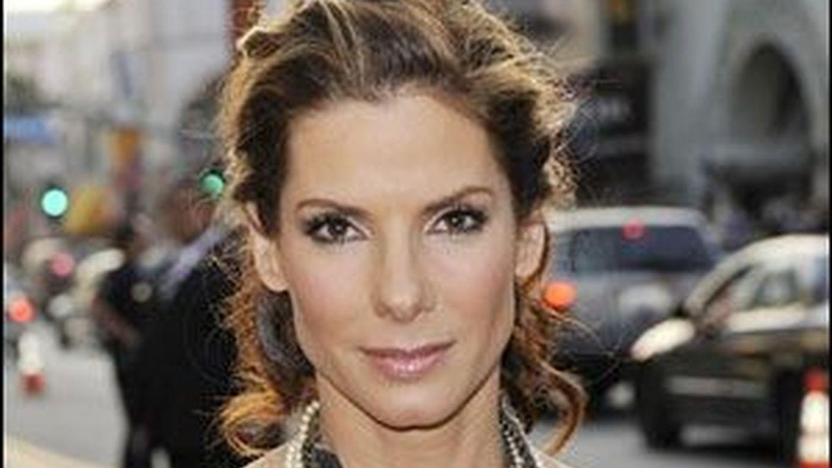 Sandra Bullock, leja de los flashes, tras el escándalo que marcó su matrimonio, estaría lista para el divorcio, según declaró una fuente cercana a la actriz a una publicación estadounidense.