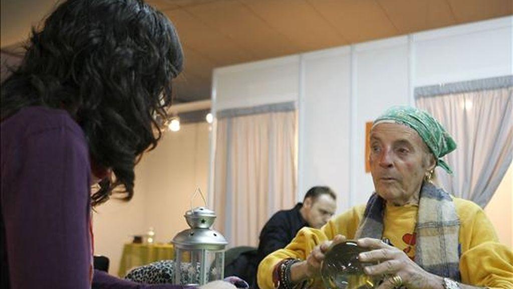 Durante cuatro días, los magos participarán en talleres y conferencias magistrales en Lima, durante el IX Congreso Latinoamericano de Magia. EFE/Archivo