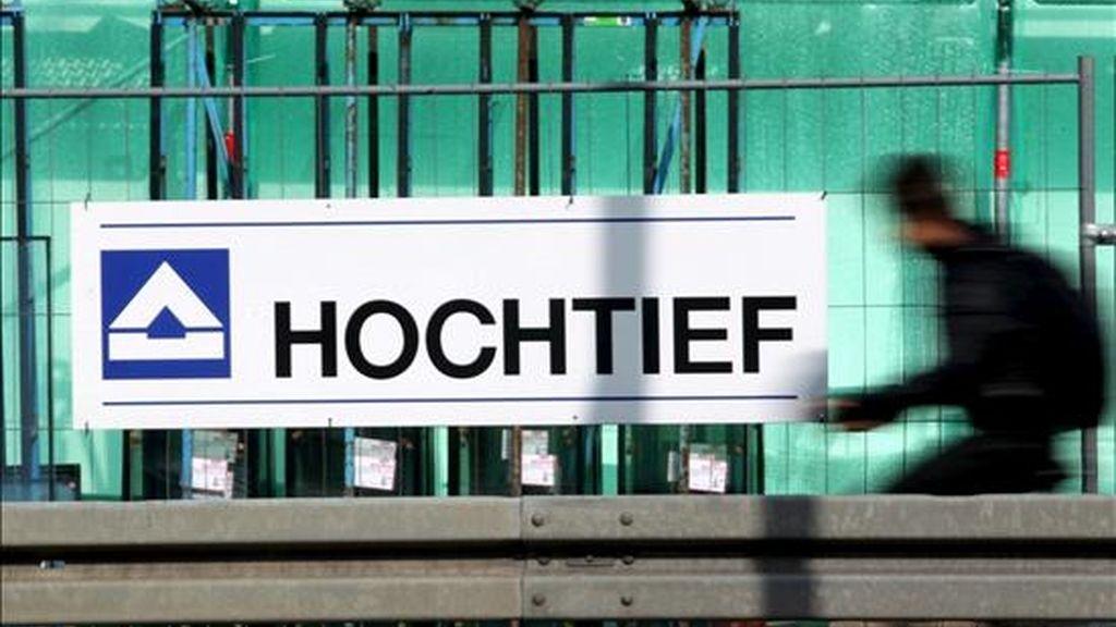 ACS publicó hoy el documento de oferta para la opa sobre Hochtief, lo que implica que a partir de ahora los accionistas de la alemana pueden ofrecer sus acciones a la compañía presidida por Florentino Pérez. EFE/Archivo