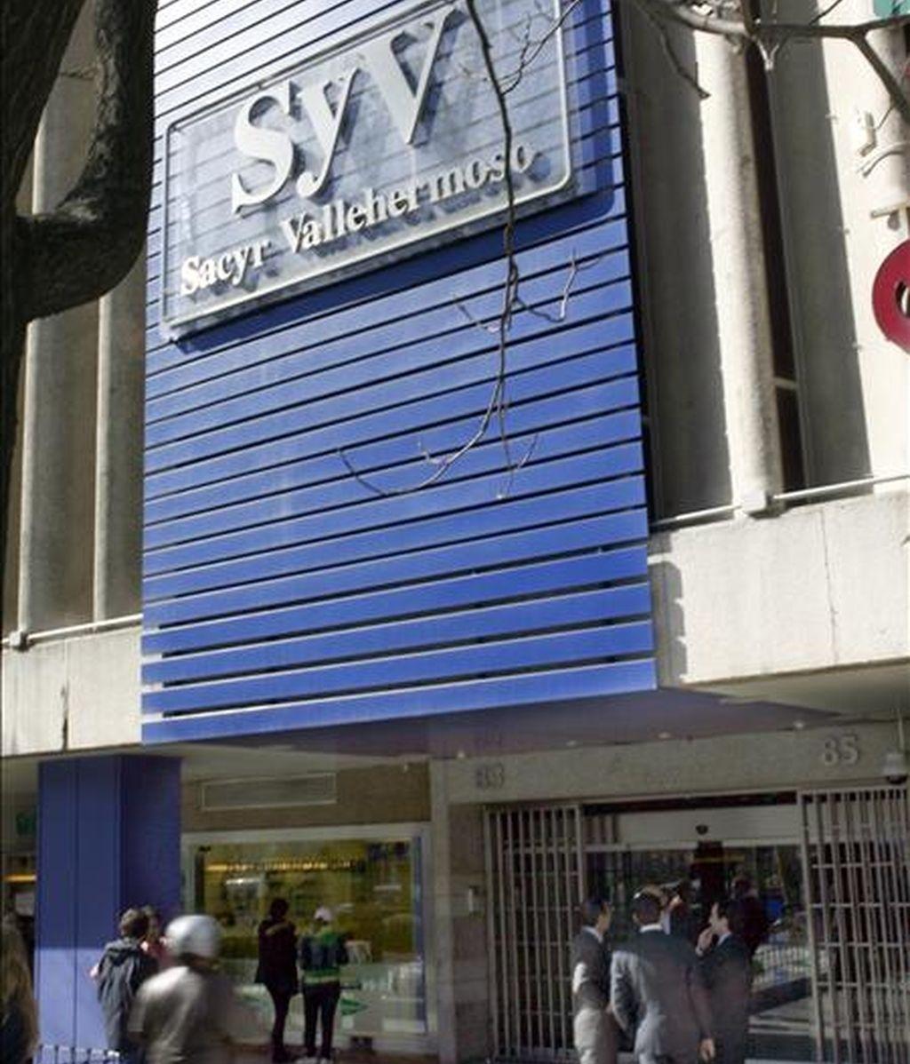 Fotografía de archivo, tomada el 01.03.07, de la sede en Madrid de la constructora Sacyr Vallehermoso. EFE/Archivo
