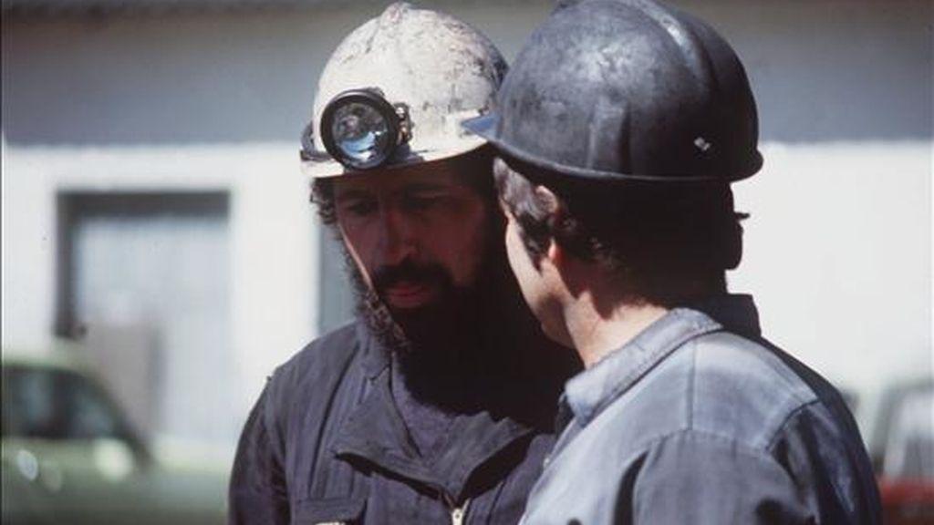 El Consejo de la Unión Europea aprobó hoy formalmente la extensión de cuatro años, de 2014 a 2018, de las ayudas a las minas de carbón deficitarias, entre ellas algunas explotaciones españolas. EFE/Archivo
