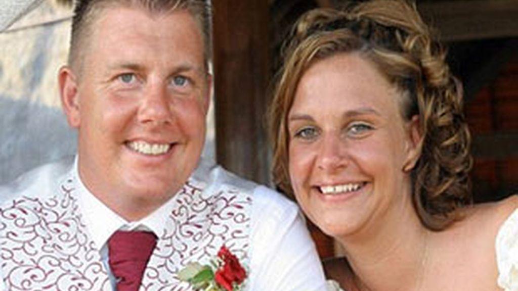 El cuento de hadas de Kevin y Abbie Nutria termina con la intoxicación de sus invitados. Foto: Daily Mail.