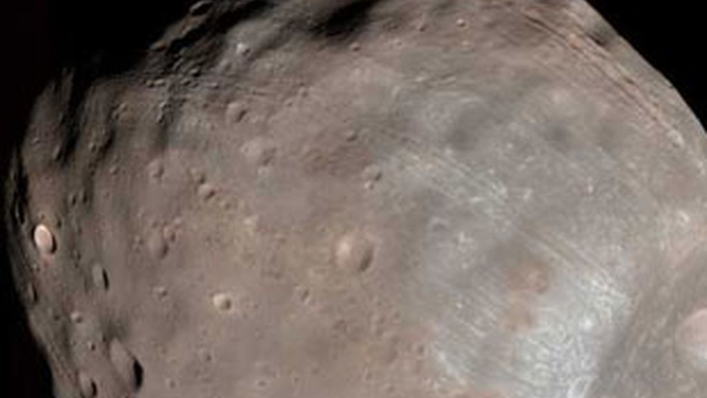 Imagen de la NASA de Fobos, la mayor luna de Marte. Foto: EFE