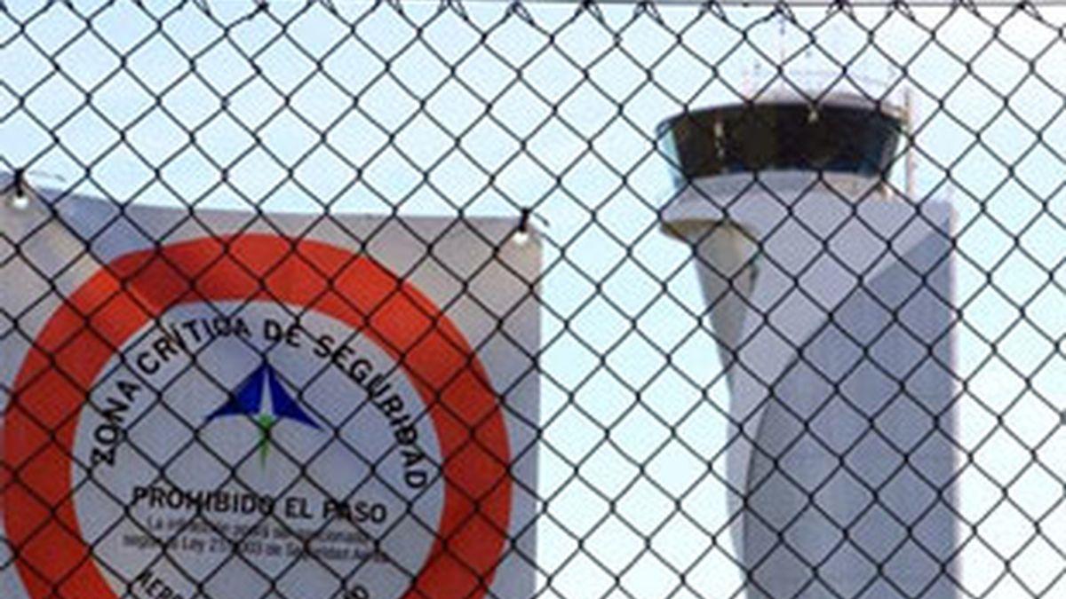 La Fiscalía pedirá hasta ocho años de prisión para los controladores. Vídeo: Informativos Telecinco.