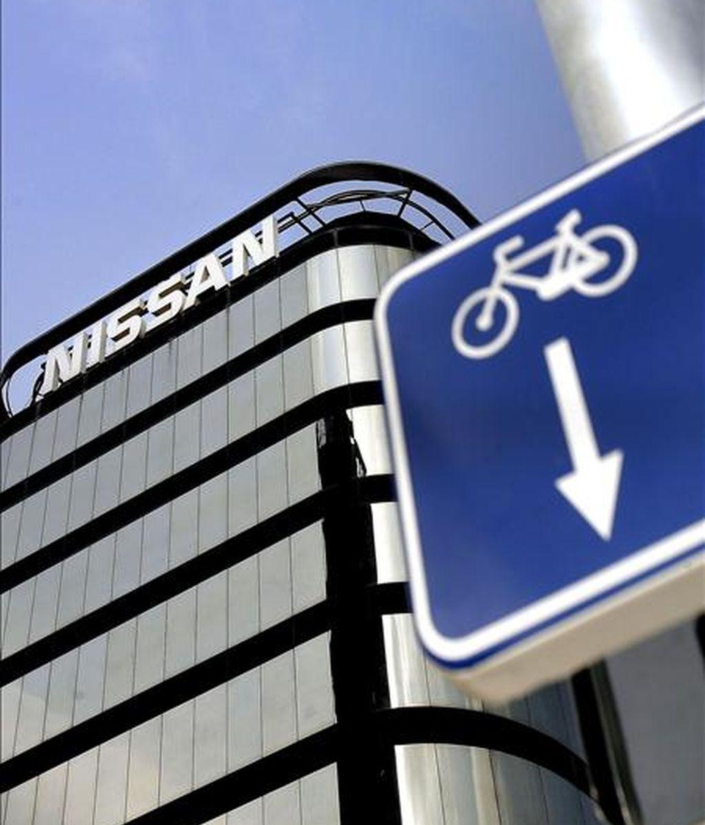 Imagen de la sede social de Nissan en Barcelona, empresa que ha avanzado a los sindicatos que ha suspendido la inversión en Tánger. EFE/Archivo