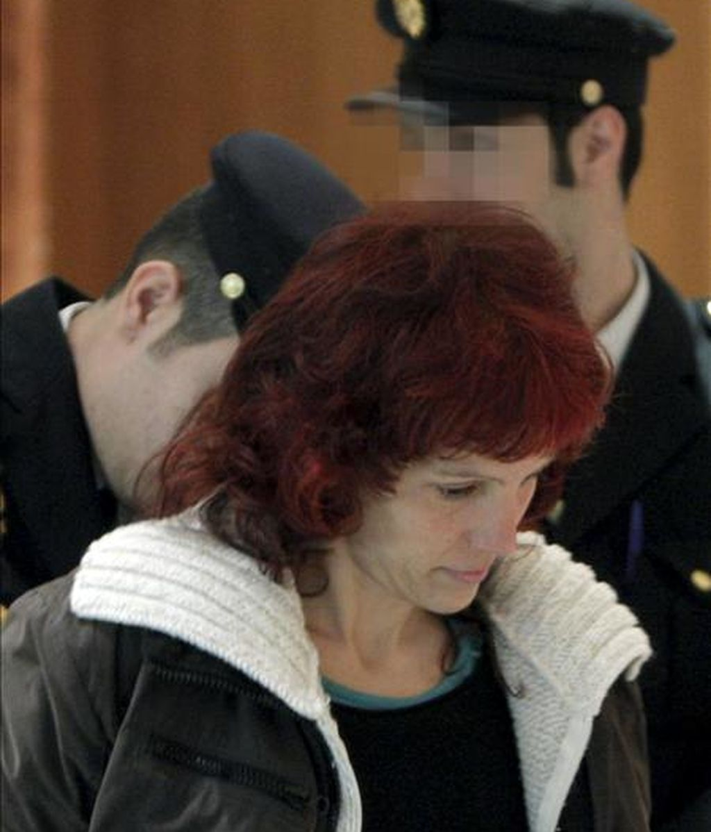 La etarra Ainhoa Múgica Goñi, en la Audiencia Nacional, donde ha sido condenada a 67 años por el atentado que mató a un mosso. EFE/Archivo