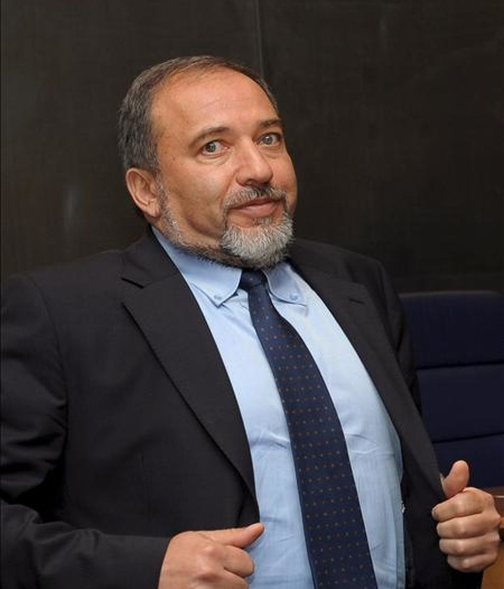 El ministro de Asuntos Exteriores israelí, Avigdor Liberman, hoy en Luxemburgo. EFE