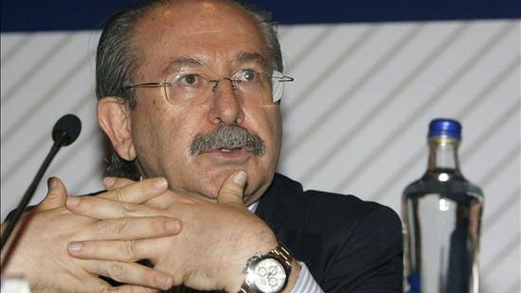El presidente de Sacyr Vallehermoso, Luis del Rivero, durante la rueda de prensa que ofreció hoy antes de la celebración de la junta general de accionistas. EFE
