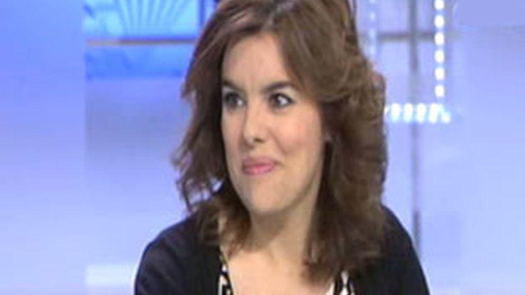 La portavoz del PP en el Congreso, Soraya Saénz de Santamaría, durante la entrevista en el Informativo Matinal. Vídeo:ATLAS.