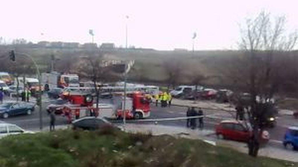 Una furgoneta bomba ha explotado a las nueve de la mañana en el Campo de las Naciones de Madrid, frente a la sede de la empresa Ferrovial Agromán. Foto EFE