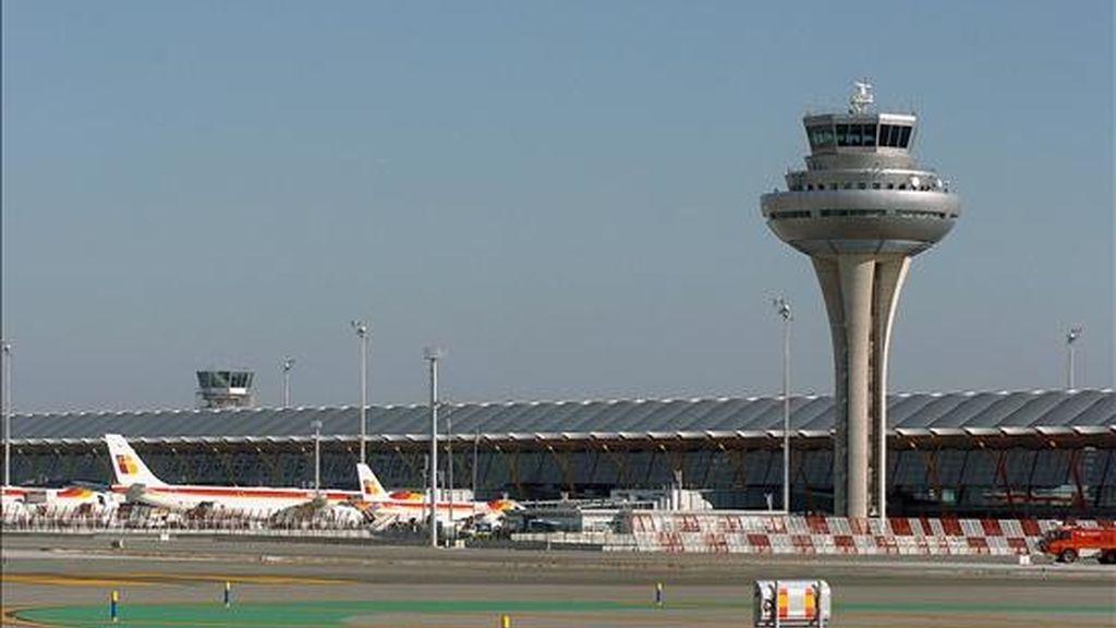 Imagen de la torre de control de la Nueva Area Terminal (NAT). EFE/Archivo