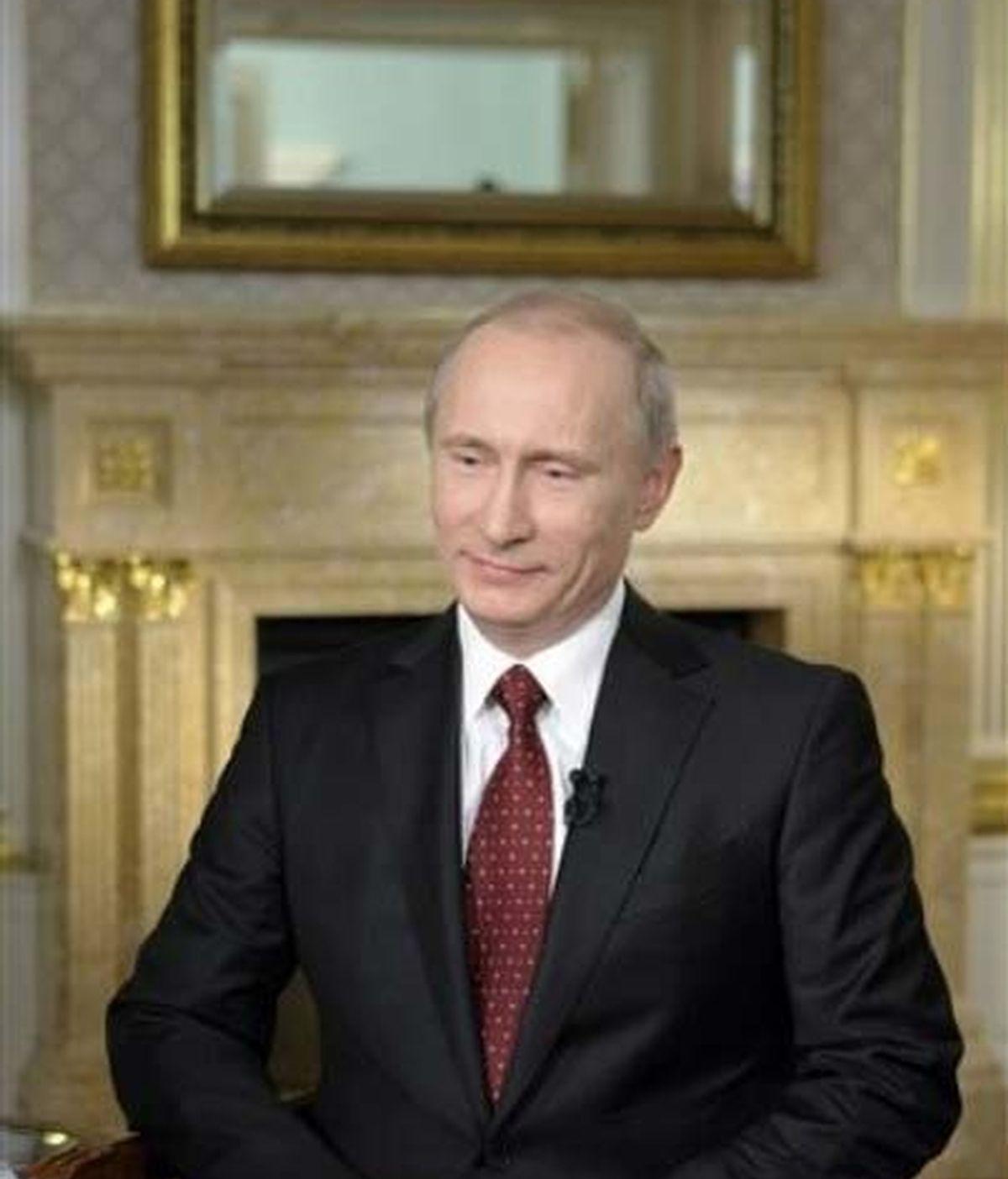 """Medvédev no toma """"ninguna decisión importante"""" sin preguntar a Putin, según los cables filtrados por Wikileaks. Foto: AP."""