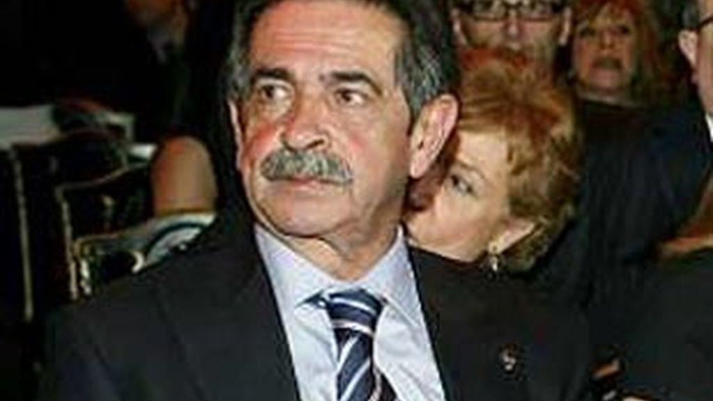 """Miguel Ángel Revilla, presidente de Cantabria, """"de momento"""" no se presentará a las elecciones de 2011."""
