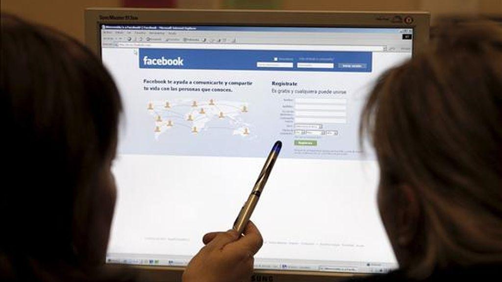 Vista de la página de la red social Facebook. EFE/Archivo