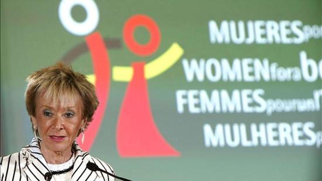 La vicepresidenta primera, María Teresa Fernández de la Vega, durante su intervención en la inauguración del Foro Internacional sobre salud sexual y reproductiva, que reúne en Madrid a unas 150 expertas africanas y españolas. EFE