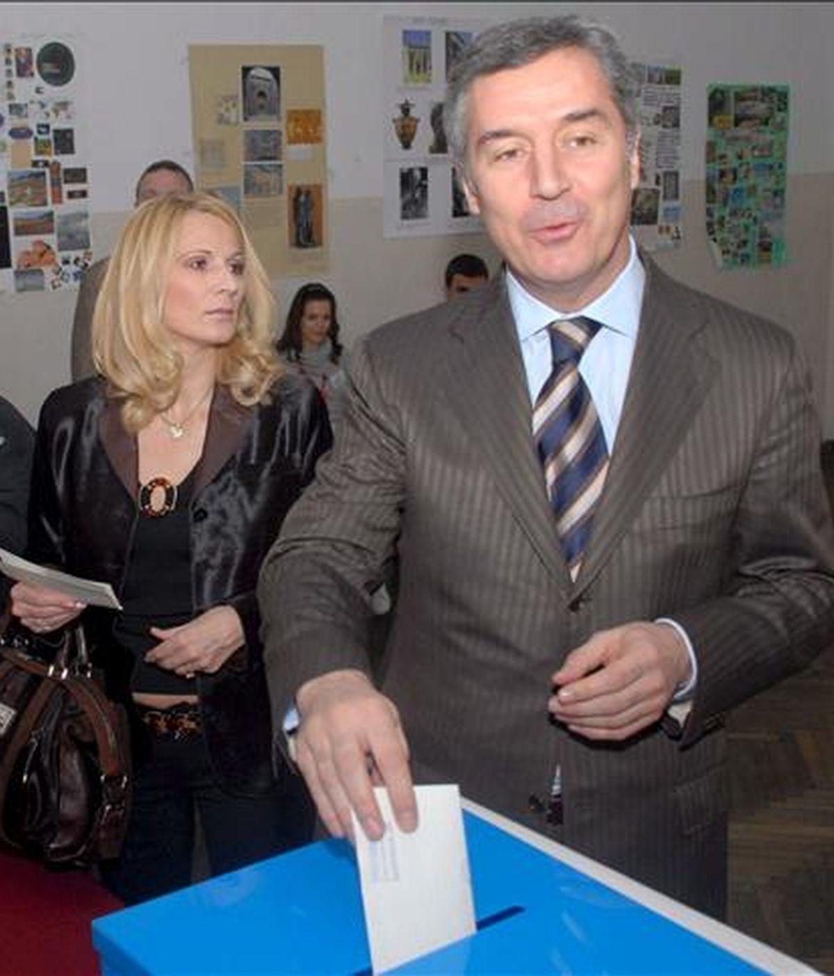 El nuevo Gobierno de Montenegro, liderado por Milo Djukanovic en su sexto mandato como primer ministro, recibió hoy el respaldo mayoritario del Parlamento. EFE/Archivo