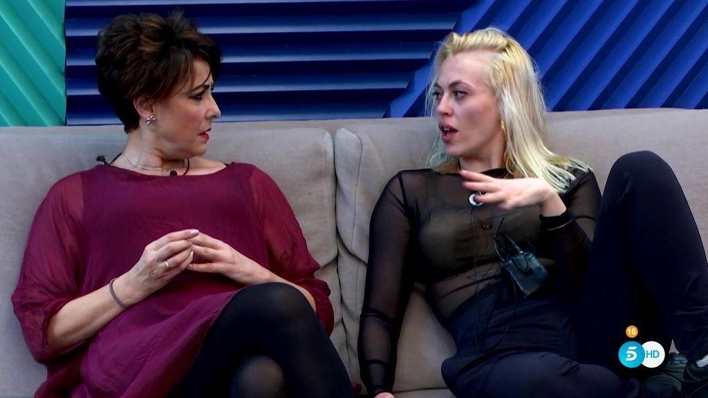 "Daniela Blume: ""Me he traído un huevo vaginal de obsidiana"""