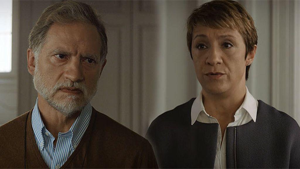 Alicia cometió un error hace ocho años... ¿por qué perdonó a su marido?