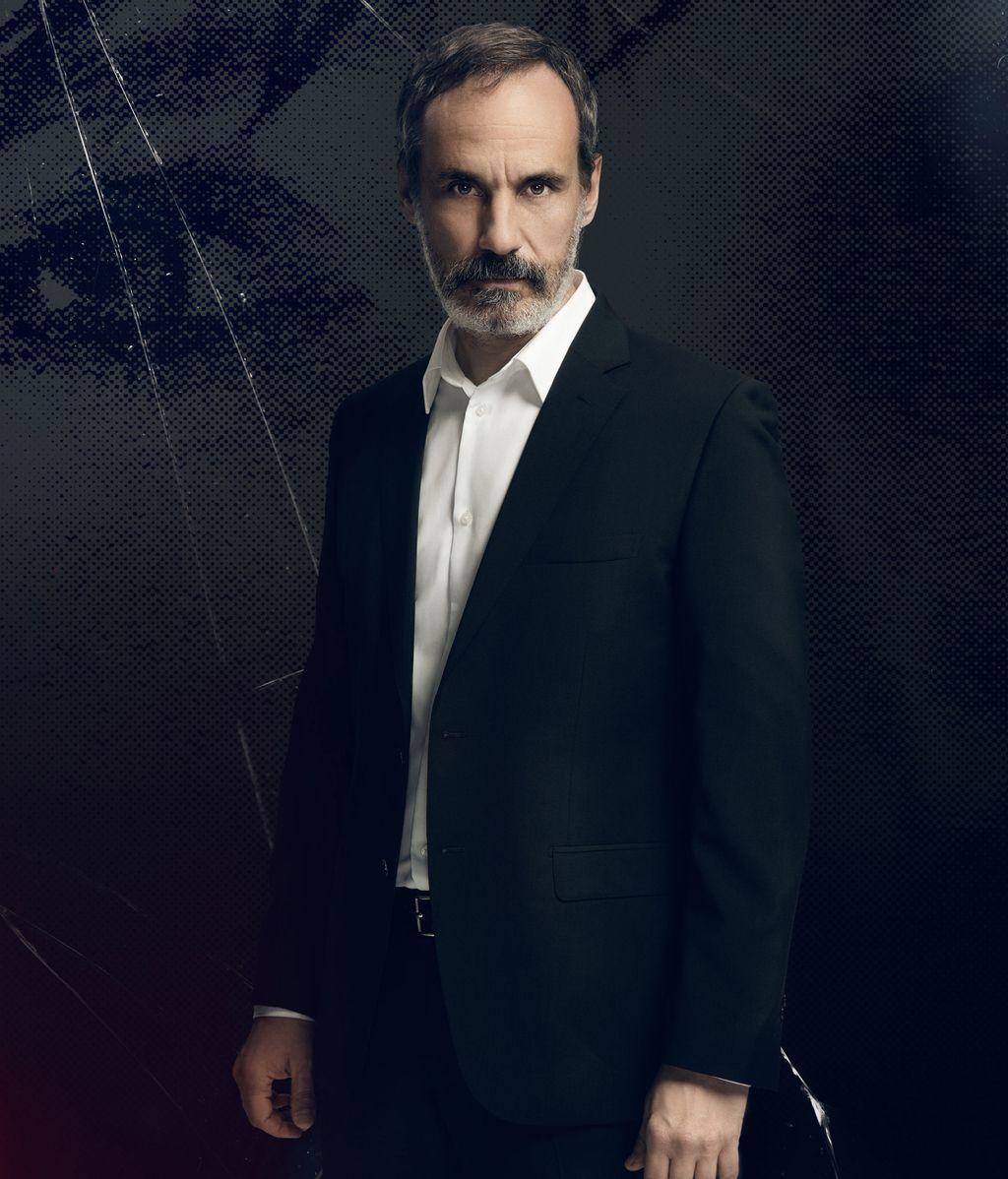 Francesc Garrido es Juan Elías
