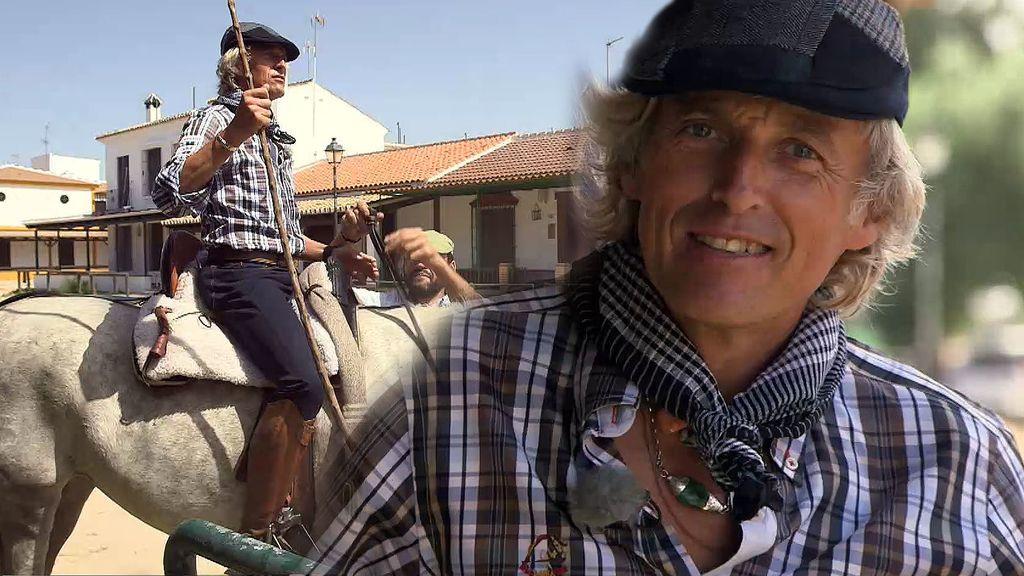"""Jesús Calleja se pone el traje de yegüero marismeño: """"¡Vais muy 'apretaos'!"""""""