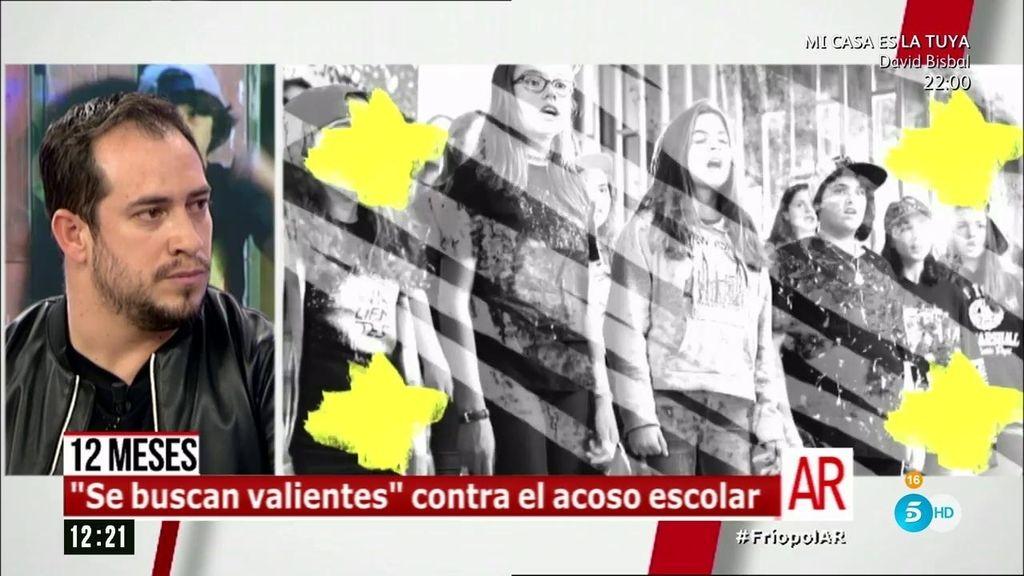"""El Langui, padrino contra el bullying : """"Yo tuve muchos valientes"""""""