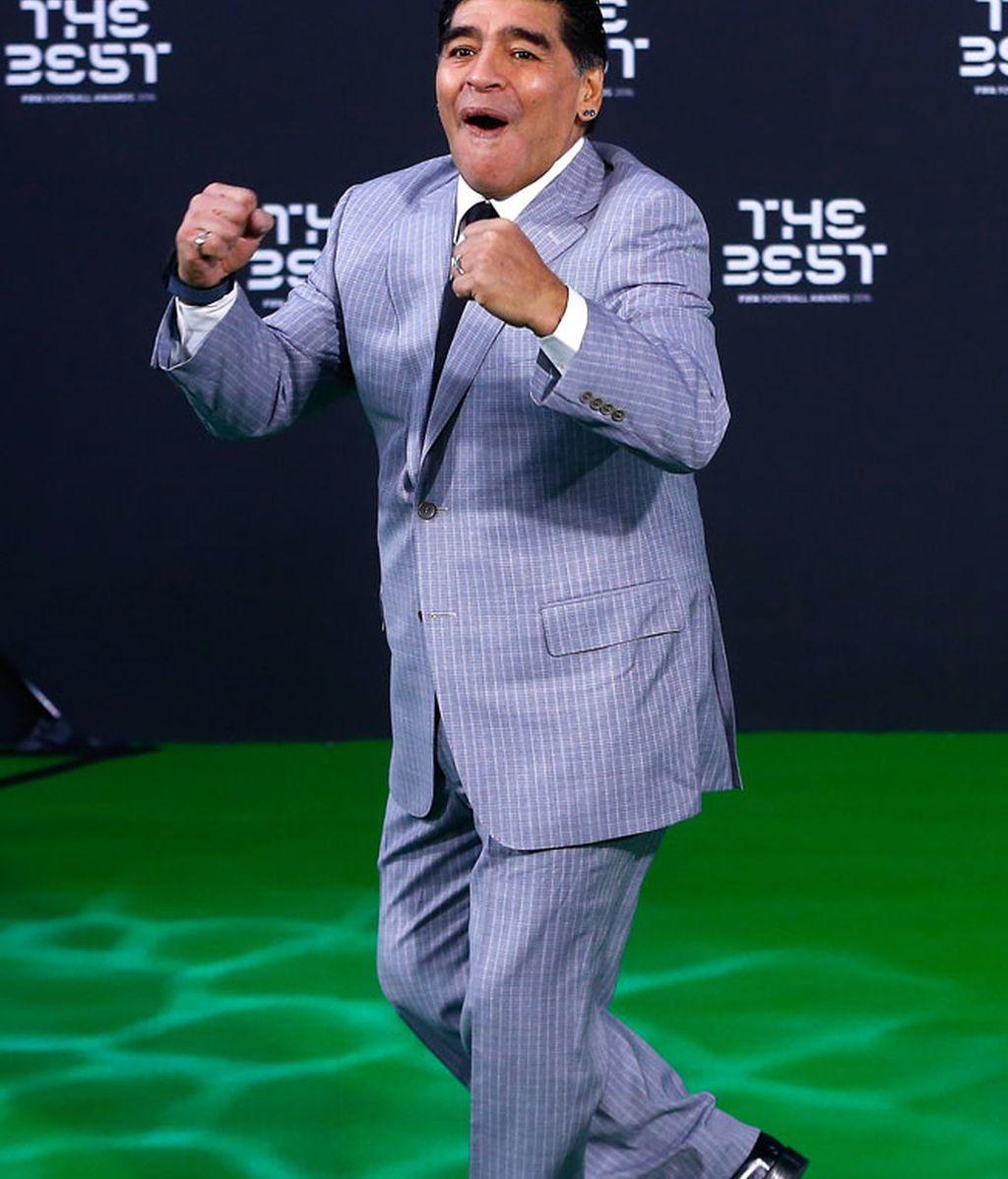 Maradona se lo pasa en grande durante el evento