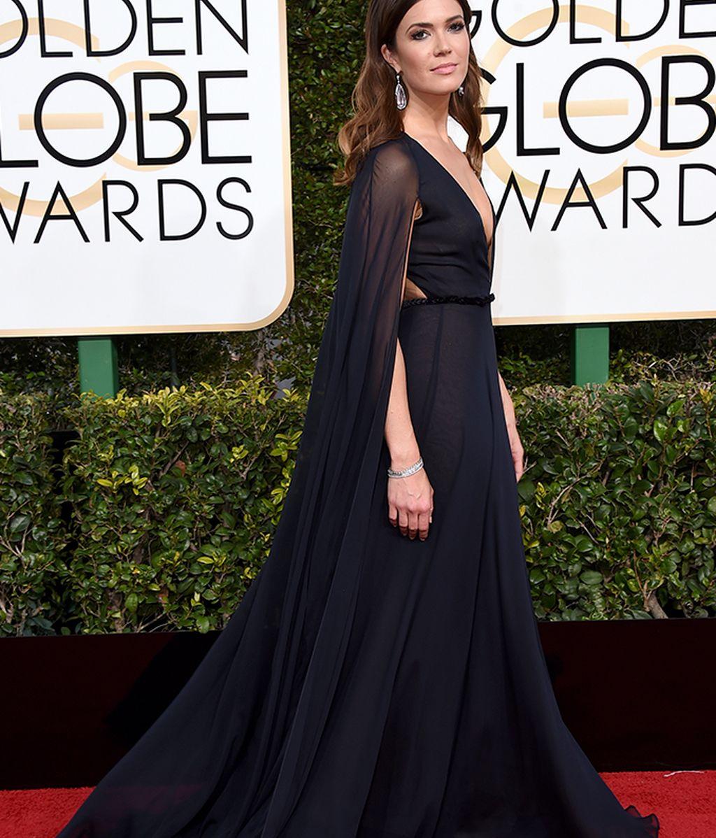 Mandy Moore con vestido de Naeem Khan