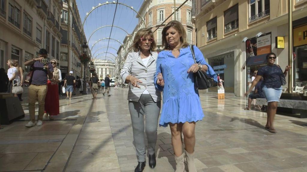 Mª Teresa y Terelu recuerdan su incidente con una 'loca' que les roció con pintura