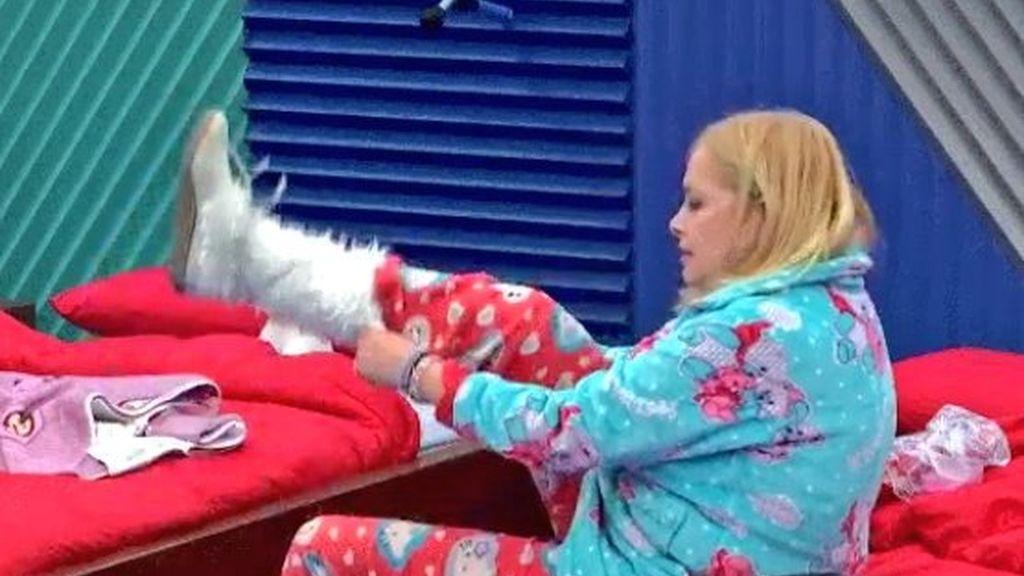 Emma Ozores pijama GH VIP