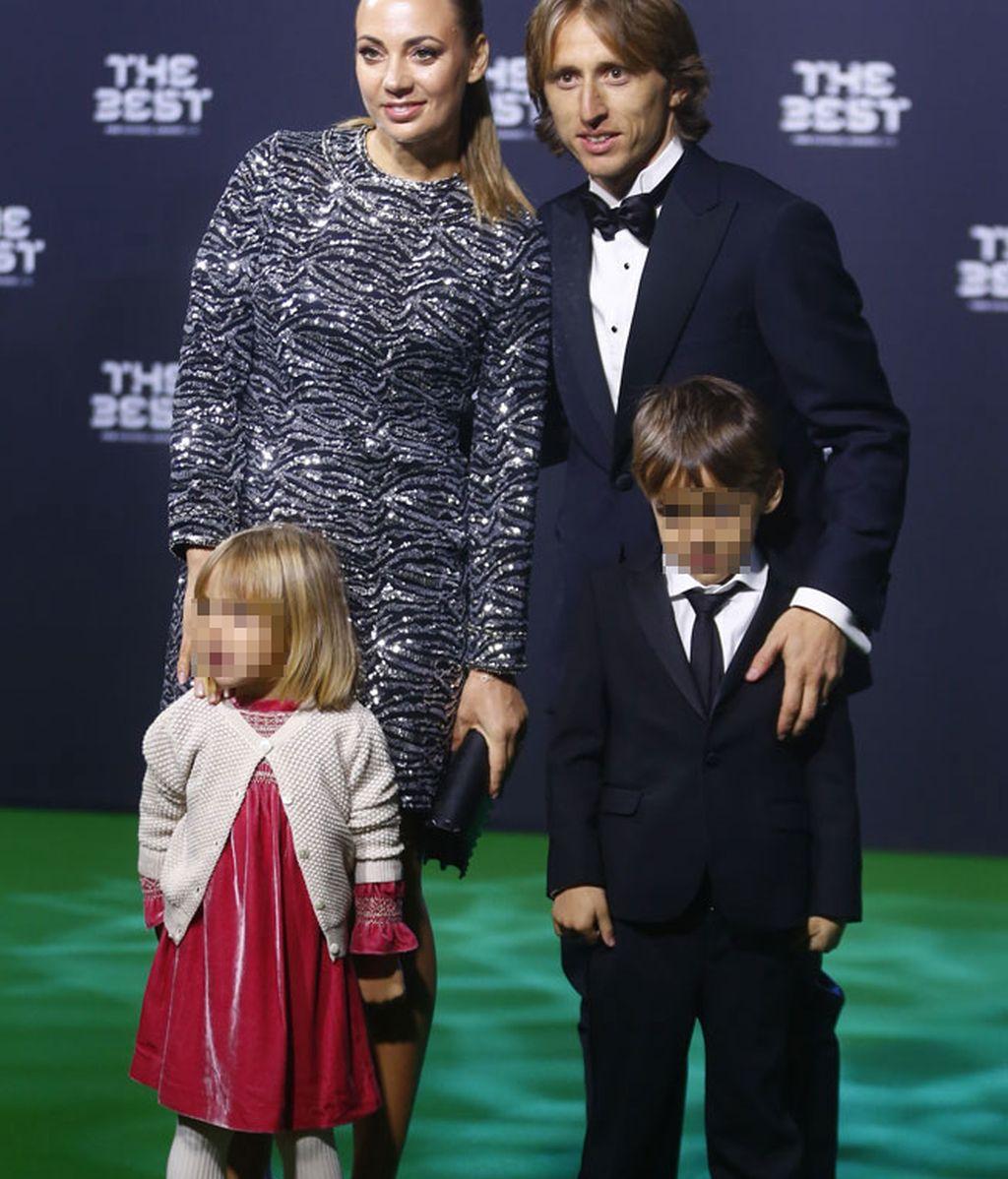 Luka Modric y su familia al completo