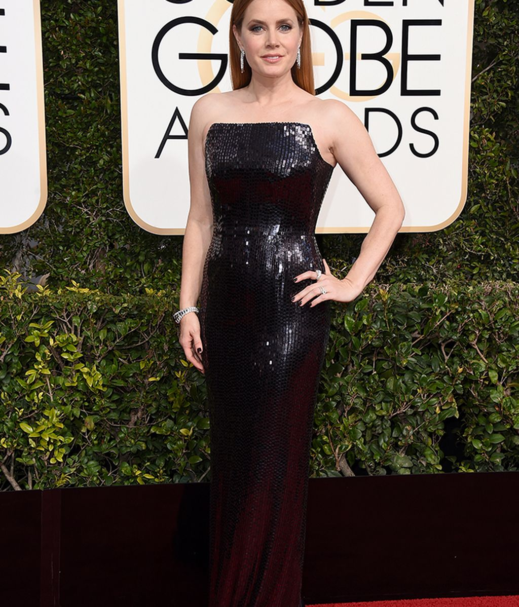 Amy Adams vestida por Tom Ford