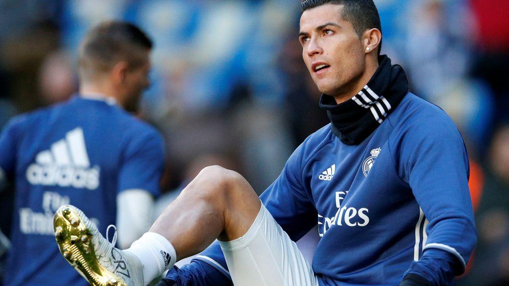Las botas de lujo de Cristiano para brindar el Balón de Oro al Bernabéu