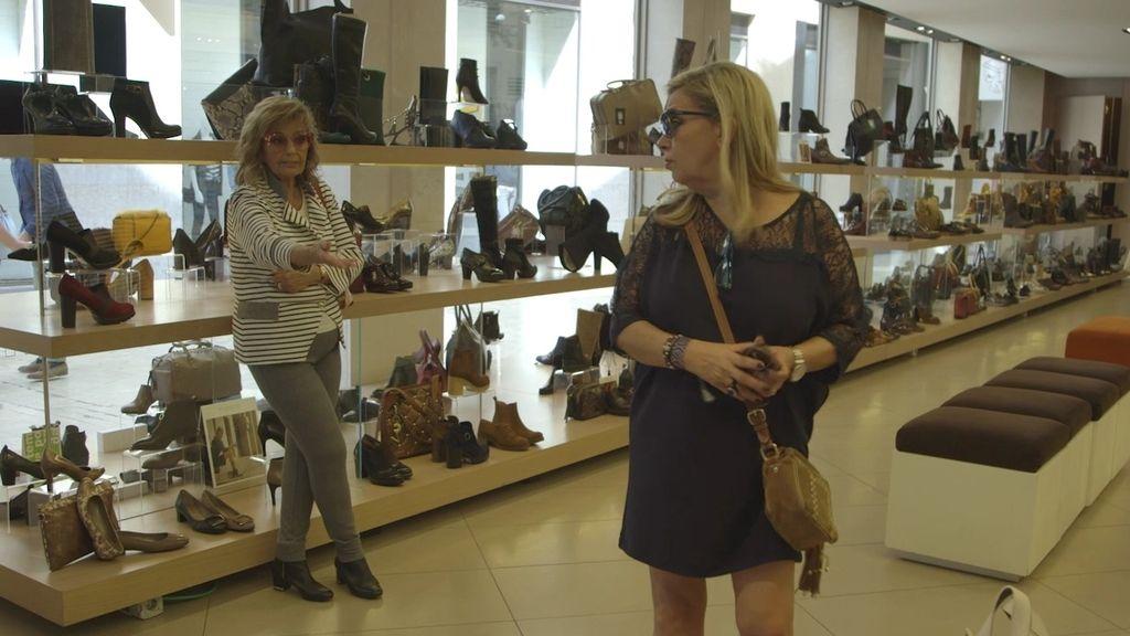 """Mª Teresa, de compras con sus hijas: """"No hay nadie más pesada en una tienda que Terelu"""""""