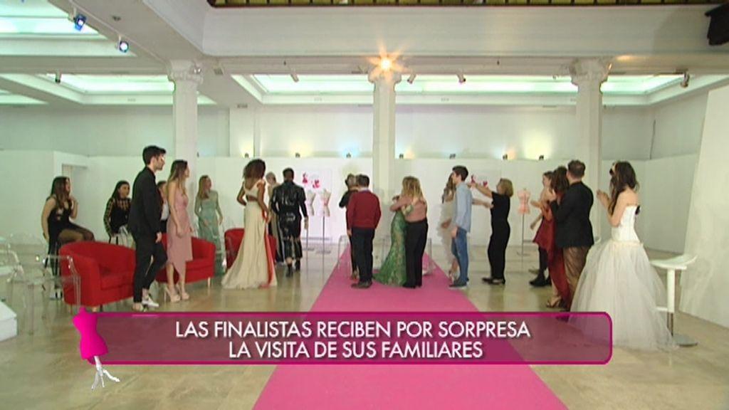 Las finalistas de 'Quiero ser' reciben por sorpresa la visita de sus familiares