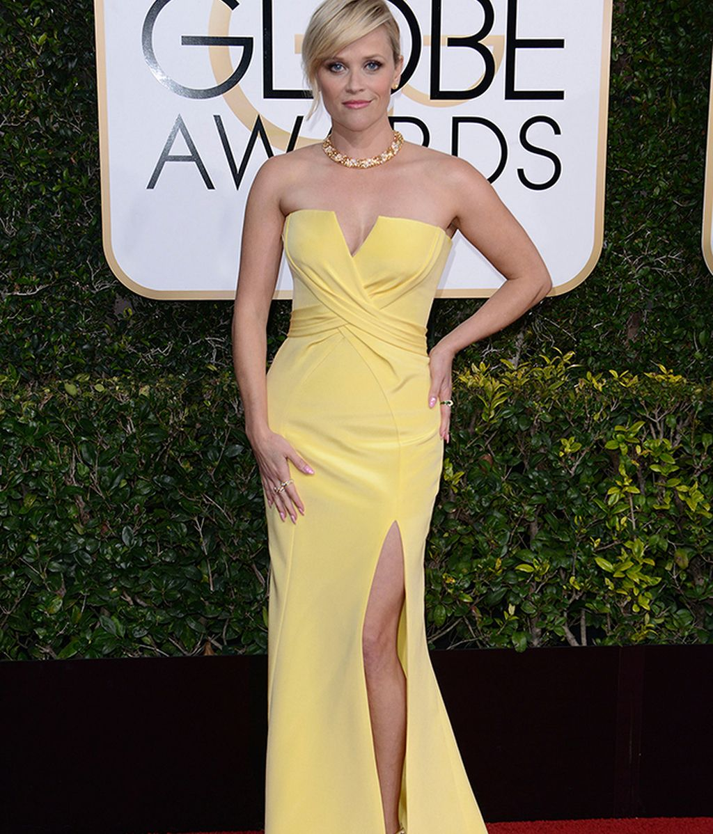 Reese Witherspoon vestida de Versace