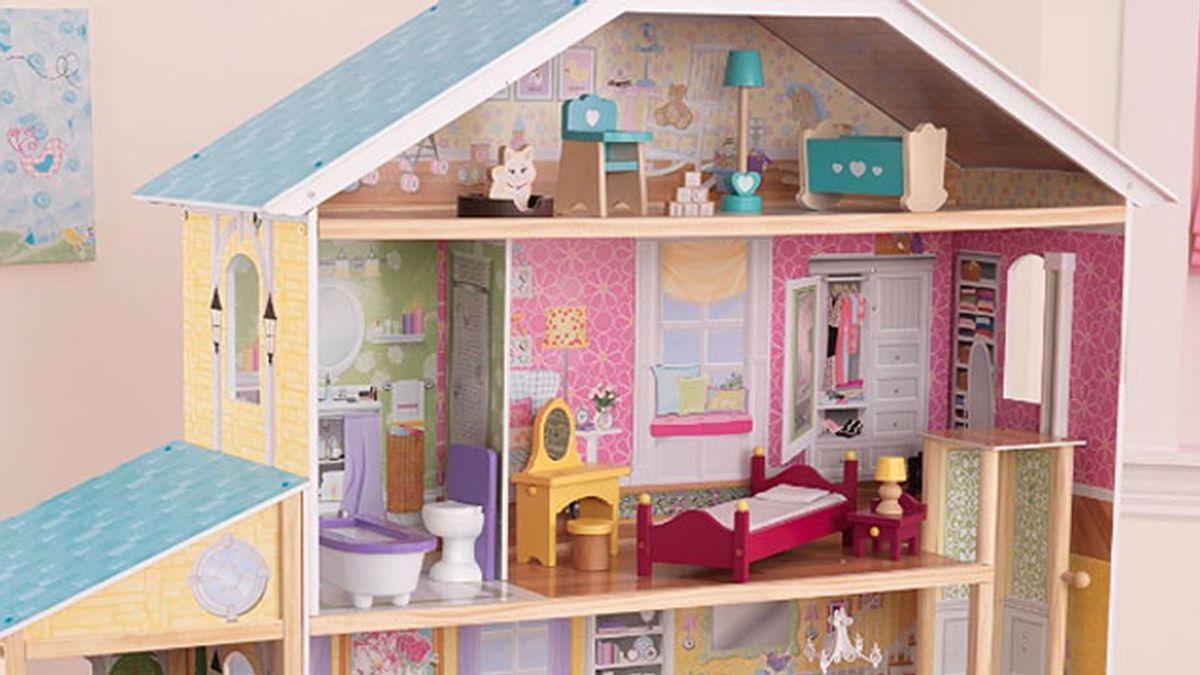 Numerosas familias compran casitas de muñecas sin querer al oír una frase en la tele